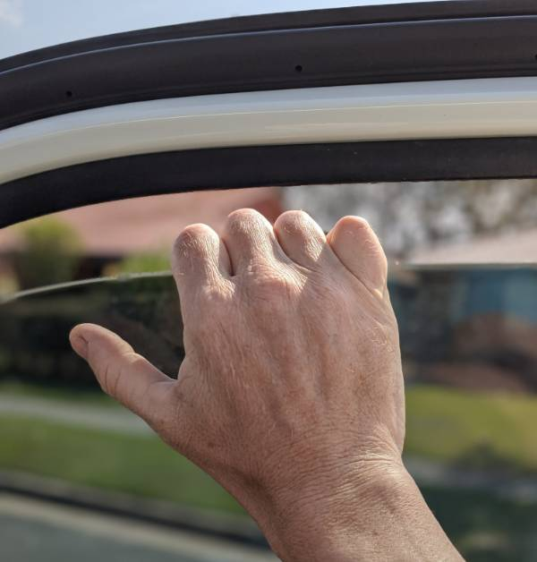 resetting a car window anti pinch
