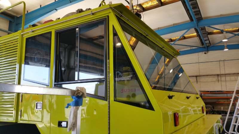 Windscreen replacement fire truck Brisbane